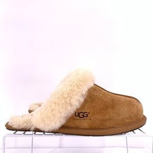 UGG Women's Slippers Size 8